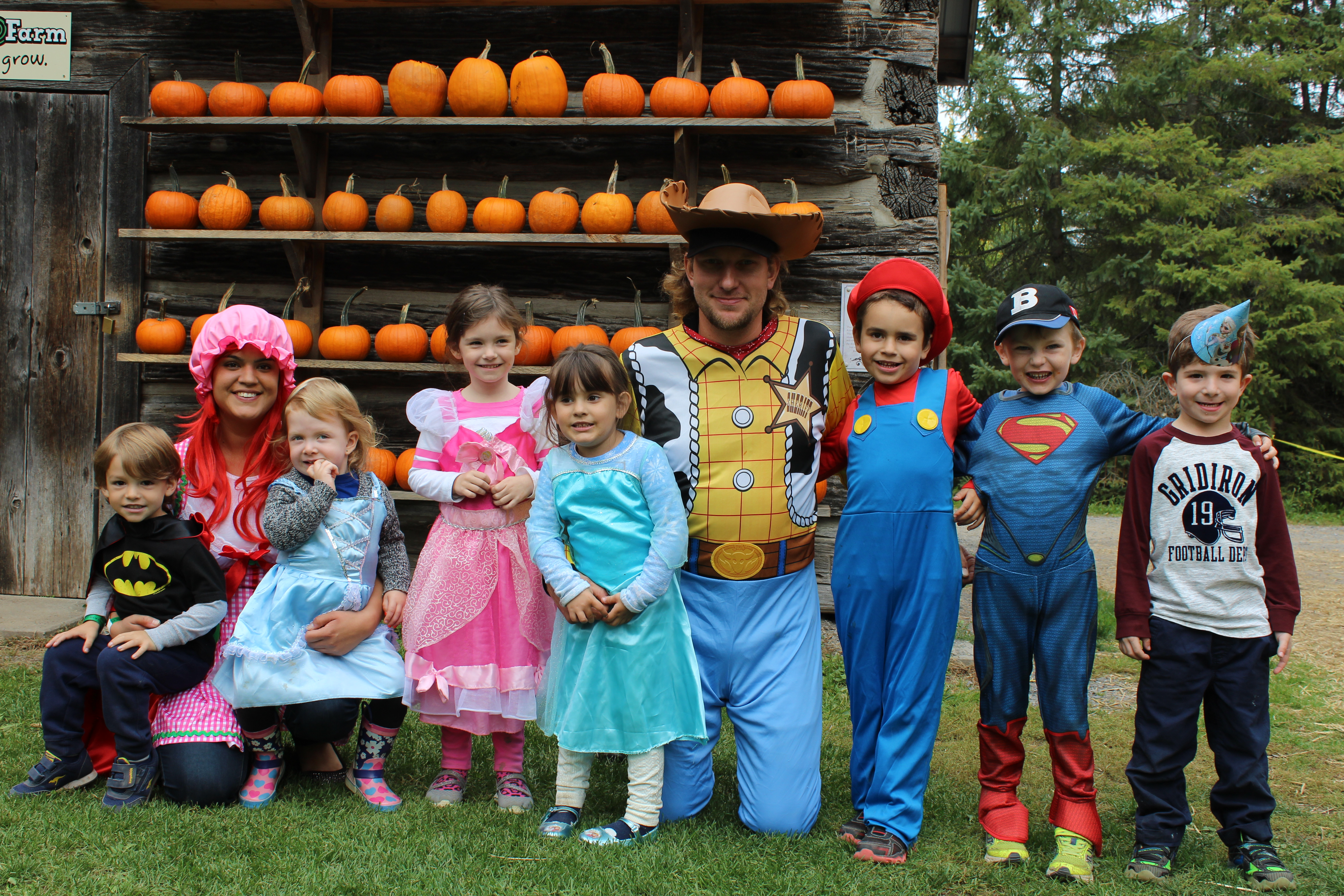 Saunders Farm Is An Amazing Destination For Your Childs Birthday Parties We Offer Over 40 Daytime Activities Including The Haunted Hayride